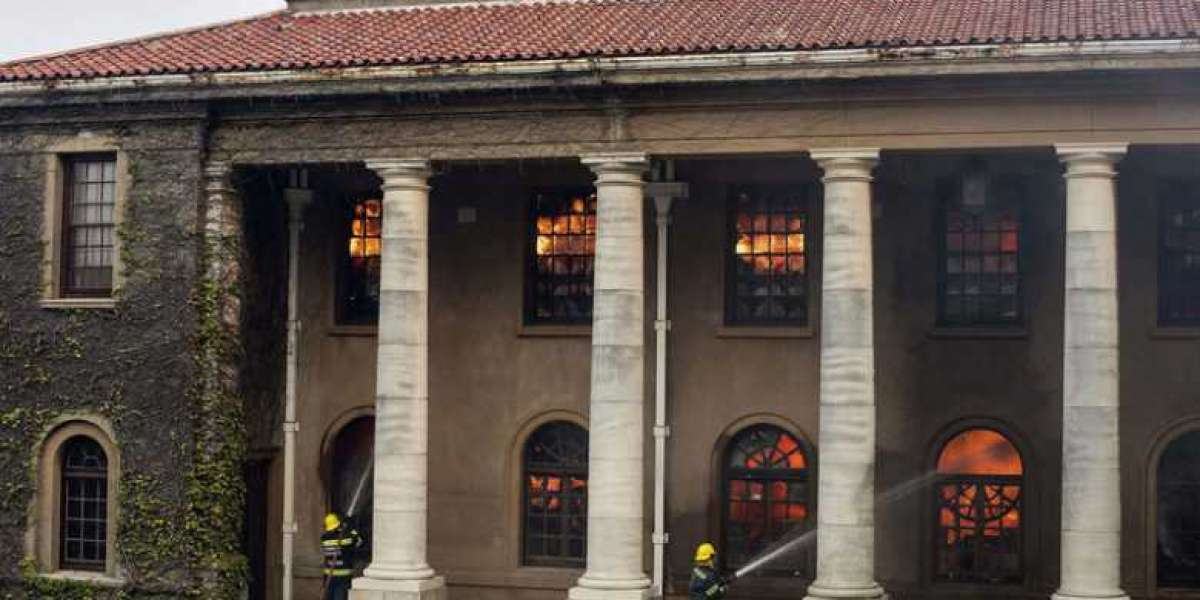 Devastation as historic UCT buildings gutted by runaway fire