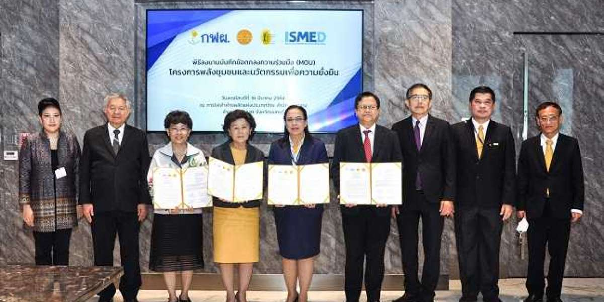 Thammasat University collaborates with public and private agencies for community empowerment and sustainability